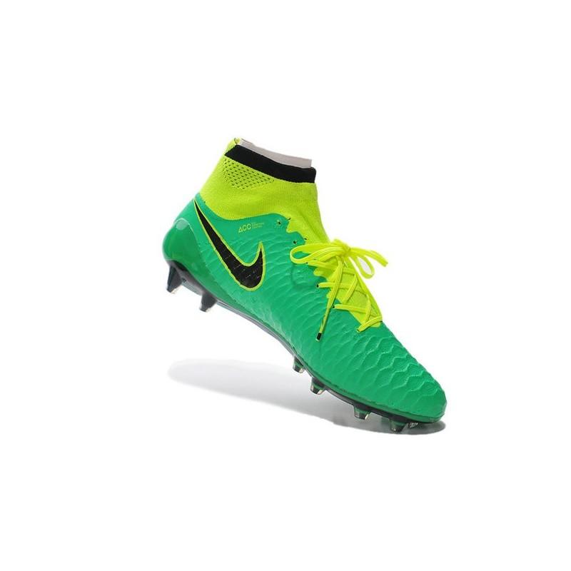 adidas : Schöne Form UK 8.5 Nike Mercurial Victory Dynamic