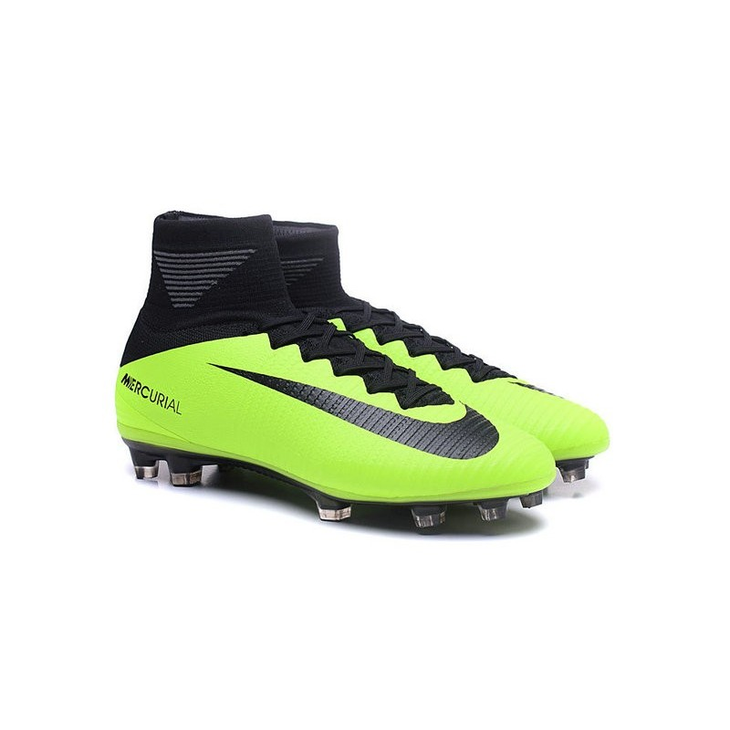 Cristiano Ronaldo New Nike Mercurial Superfly V FG Boots Green Black 706a73b786b02