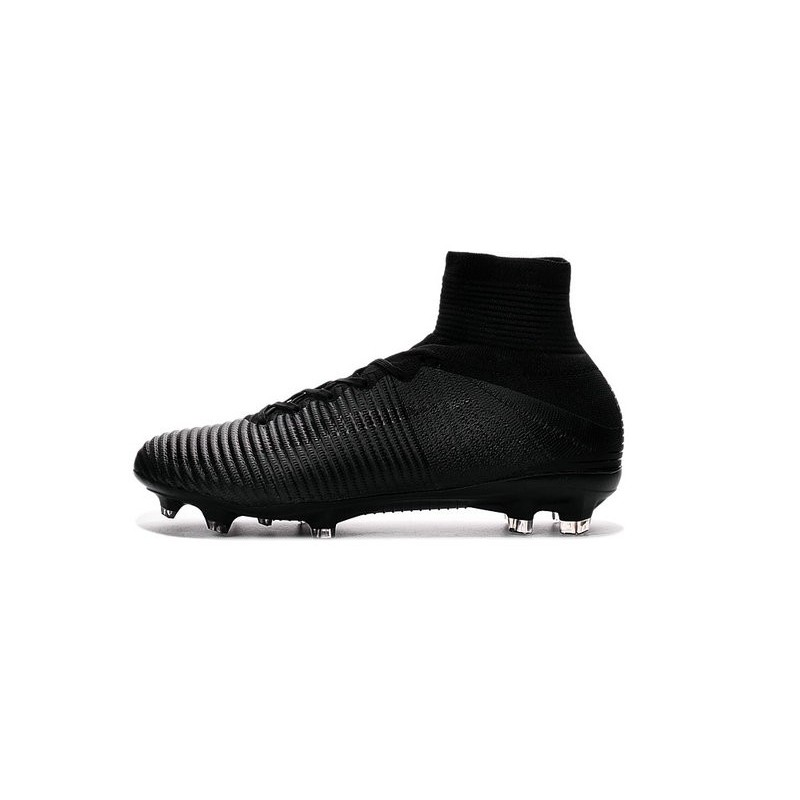 ac01b3ca0651 Cristiano Ronaldo New Nike Mercurial Superfly V FG Boots All Black  Maximize. Previous. Next