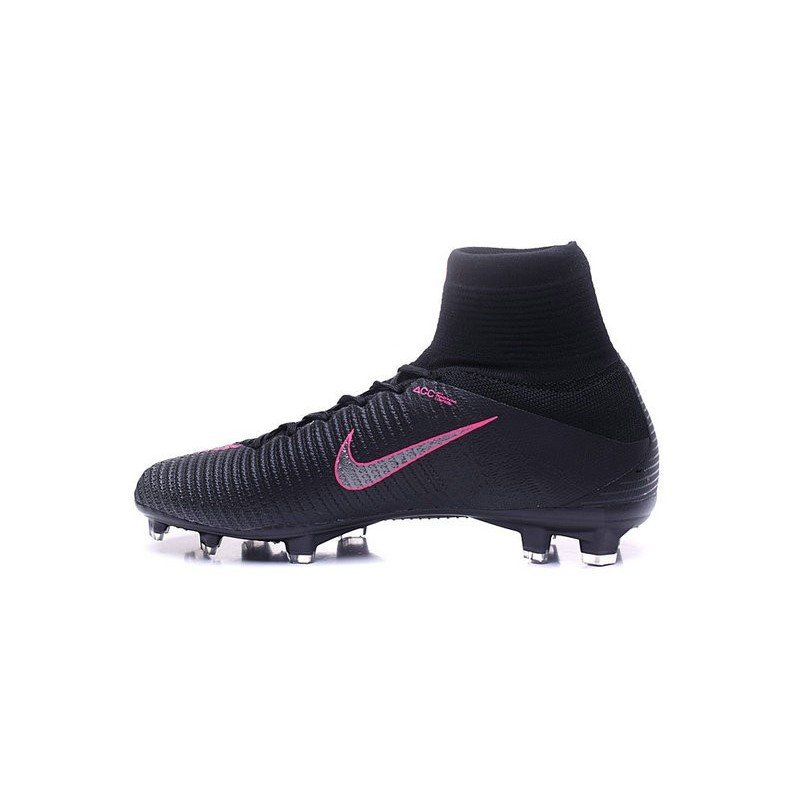cache Fahrenheit grupo  black and pink nike mercurial superfly