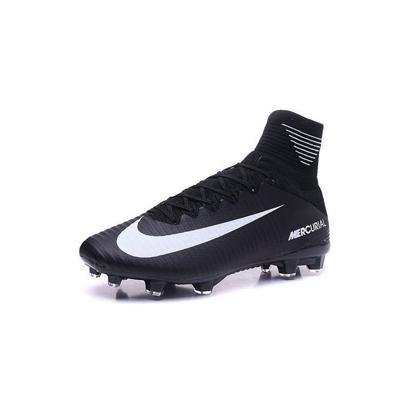 huge discount 17907 98aae Cristiano Ronaldo New Nike Mercurial Superfly V FG Boots ...
